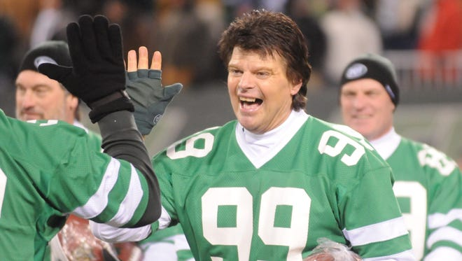 Jets great Mark Gastineau, here in 2010, told a N.Y. radio station on Thursday, Jan. 19, 2017, that he is suffering from health issues following his years playing football. He was diagnosed with dementia, Alzheimer's disease and Parkinson's disease about a year ago.