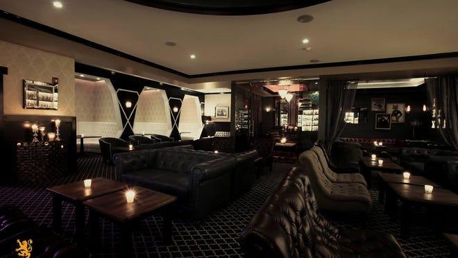 Interior shot of Le Malt Lounge in Colonia