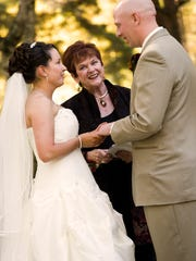 Andy and Heather Chvala of Green Bay are married in