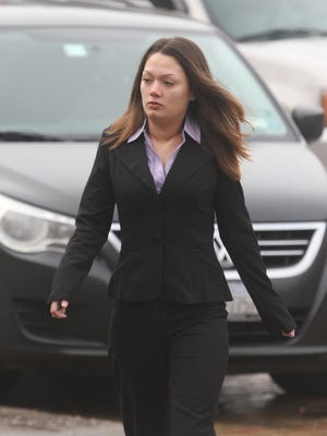 Dawn Nguyen enters federal court on Jan. 29, 2013.