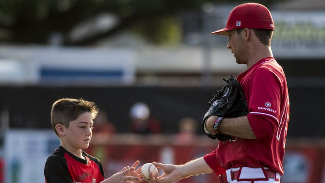 UL pitcher Colton Lee (19) is one of four Ragin' Cajuns beginning the season on the roster for the Acadiana Cane Cutters.