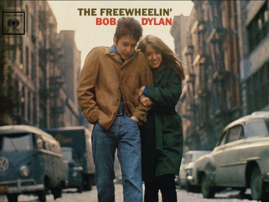 The liner notes for 'The Freewheelin' album include