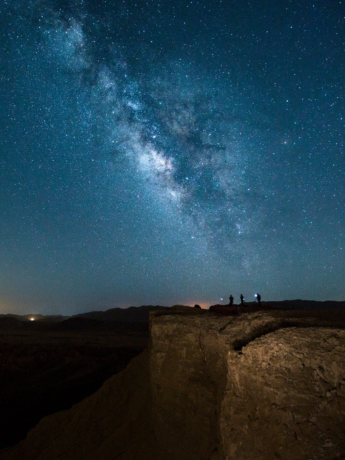 5e390f472c6ab6 Top spots for stargazing in the Southern California desert