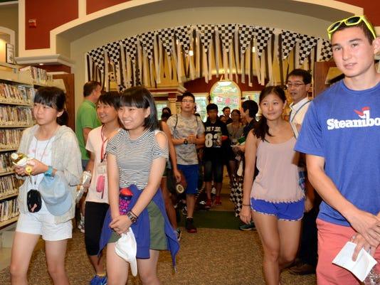 Japanese students visit Glen Rock Libary