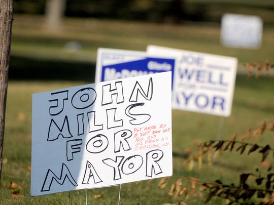 Mayoral candidate signs line the roads in Crestline.