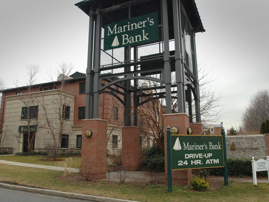 Mariner's Bank on River Road in Edgewater on March 2, 2012.