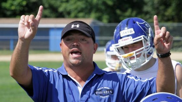 Pearl River reappointed football coach Mike Oliva on
