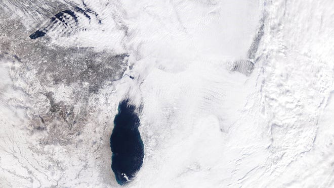 The view of the Great Lakes at 11:25 am on Monday, January 8, 2018. Lake Superior is in the upper left and Lake Michigan on the lower left.