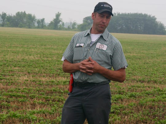 Dan Brick, owner of Brickstead Dairy near Greenleaf, highlighted the advantages of low-disturbance manure application in his fields.