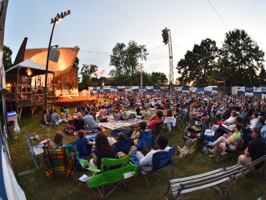 Nashville Shakes-in-the-Park-audience-Image.jpg