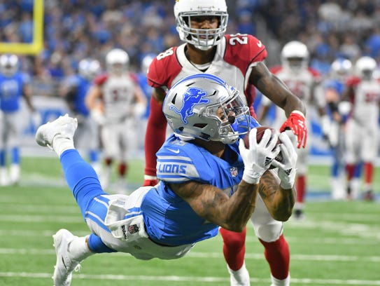 Lions rookie wide receiver Kenny Golladay brings in