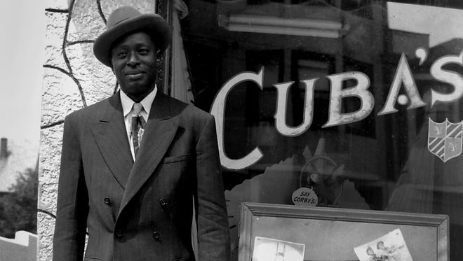 William McKenley Niblack outside of Cuba's nightclub on Springwood Avenue in 1946.