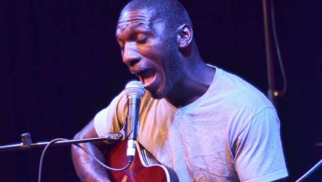 Cedric Burnside in concert at Vinyl Music Hall with Chain Smoking Hags.