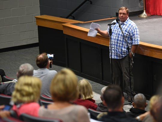 Powdersville resident Brent Powell speaks out against the  incorporation of Powdersville during a town hall meeting at Powdersville High on Thursday, August 31, 2017.