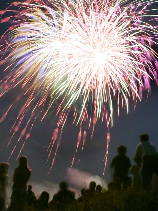 -APCTab_06-29-2012_PCWest_1_M001~~2012~06~27~IMG_APC_n_pcw_Fireworks_1_1_HL1.jpg