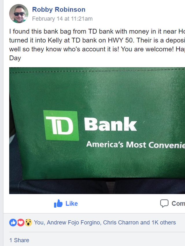 Man finds bag of cash and does the unexpected