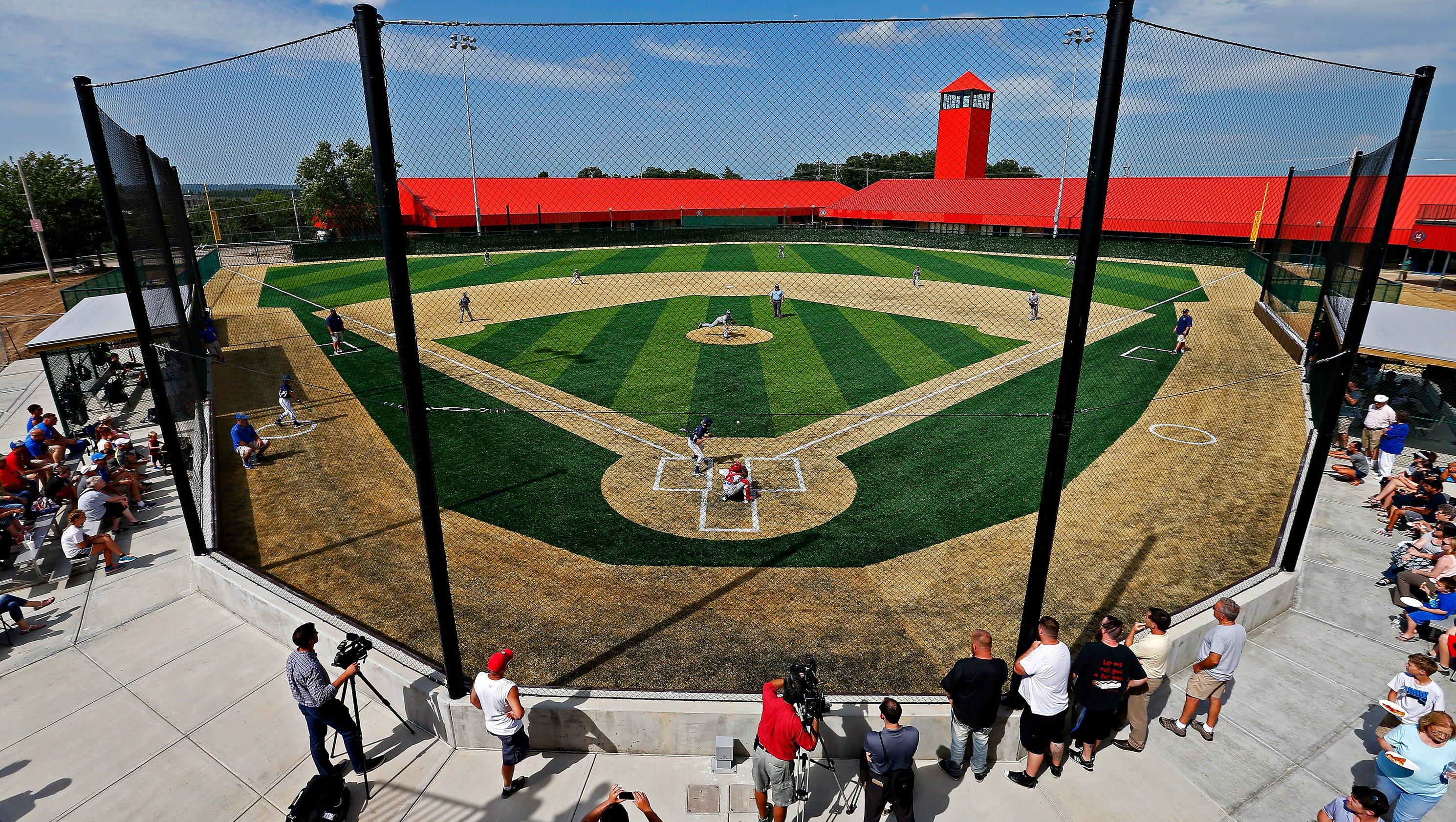 photos ballparks of america in branson