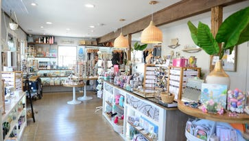 Boutiques are hot shopping spots at Maryland, Delaware beaches