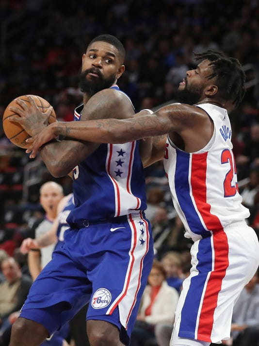Amir Johnson, Reggie Bullock