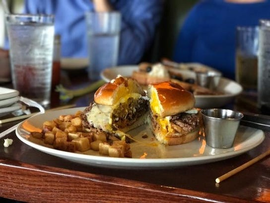 houl.breakfastburger