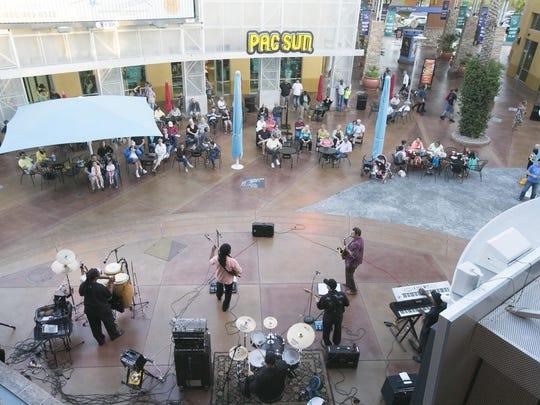 Desert Ridge Market Place Music