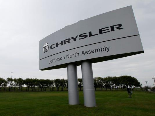 635664108584352126-AP-Chrysler-Stabbing-Detroit (1) 2.jpg