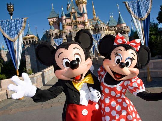 -OSHBrd_01-11-2015_Northwestern_1_A012~~2015~01~10~IMG_Disneyland_11_1_Q69KS.jpg