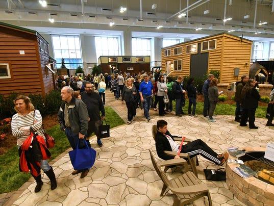 tiny house expo. 636530001003835773-tiny-home-village-crowd-PeytonHoge-photos--302 Tiny House Expo E