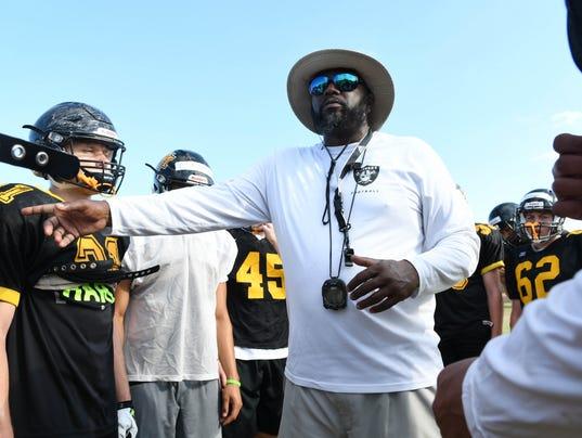 High School Football: Merritt Island Spring Practice
