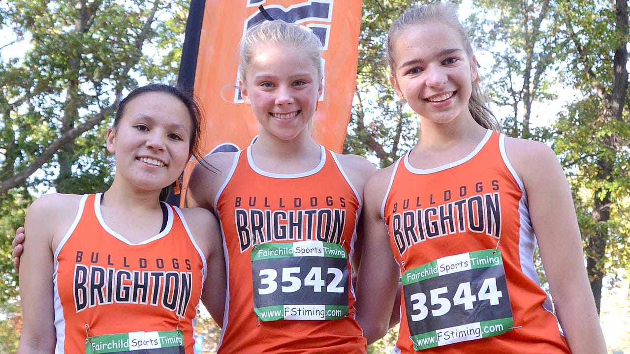 Highlights and interviews from the KLAA girls' cross country meet at Huron Meadows Metropark. Brighton finished second to Northville.