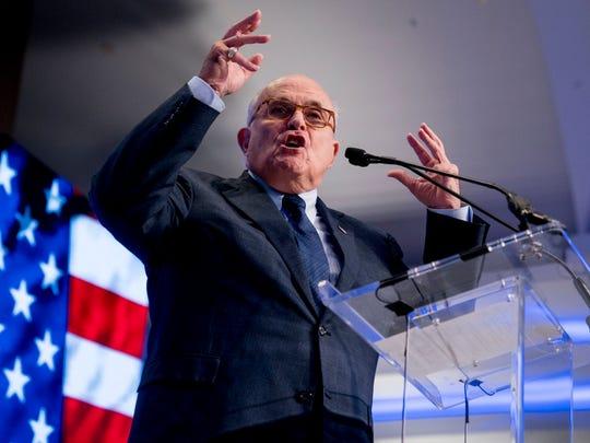 Rudy Giuliani, miembro del equipo de abogados del presidente