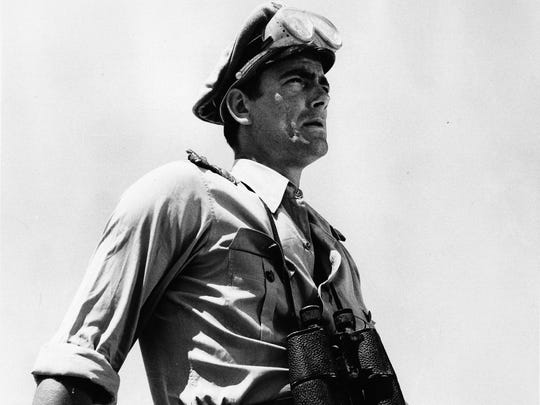 Eric Braeden as German Captain Hans Dietrich in 'The