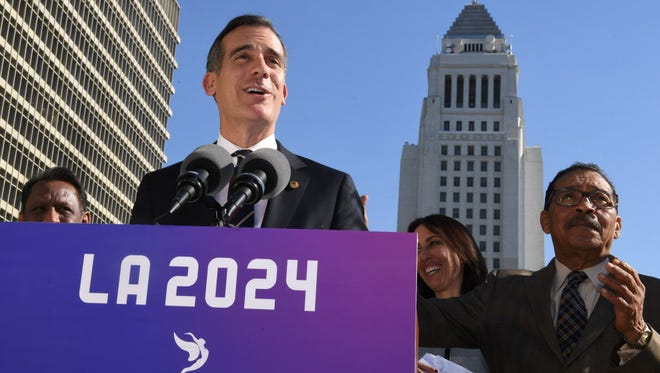 Los Angeles Mayor Eric Garcetti announces the Los Angeles City Councils 13-0 unanimous final approval vote to bid for the 2024 Summer Olympics.