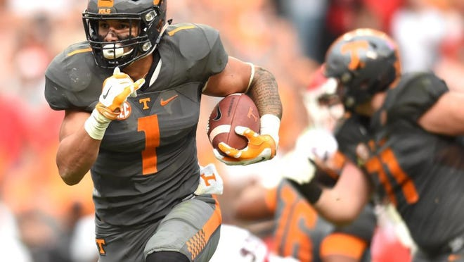 Tennessee running back Jalen Hurd (1) runs the ball against Georgia during the second half at Neyland Stadium in Knoxville, Tenn. on Saturday, Oct. 10, 2015. Tennessee won 38-31. (NEWS SENTINEL PHOTO)