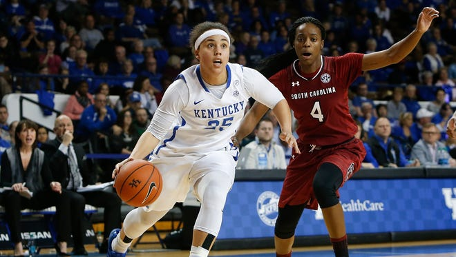 Kentucky Wildcats guard Makayla Epps drives to the basket past South Carolina Gamecocks guard Doniyah Cliney during the first half at Memorial Coliseum in Lexington, Ky on February 2, 2017.