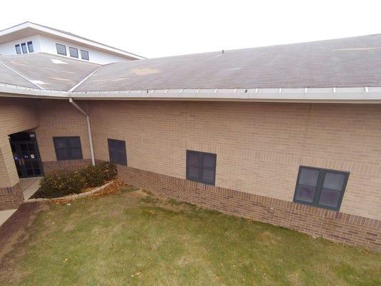 636494521643883848-Kreeger-roof-repair-01.jpg