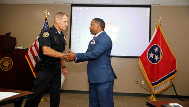 Clarksville Police Chief Al Ansley and Willie Austin.