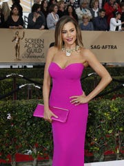 Sofia Vergara arrives at the 22nd Annual Screen Actors Guild Awards at the Shrine Auditorium in Los Angeles on Saturday, Jan. 30, 2016.