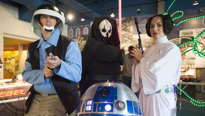 RoberCon at Roberson Museum and Science Center on Sept. 24-25 will include a variety of cosplayers, discussion panels, fan groups and vendors.
