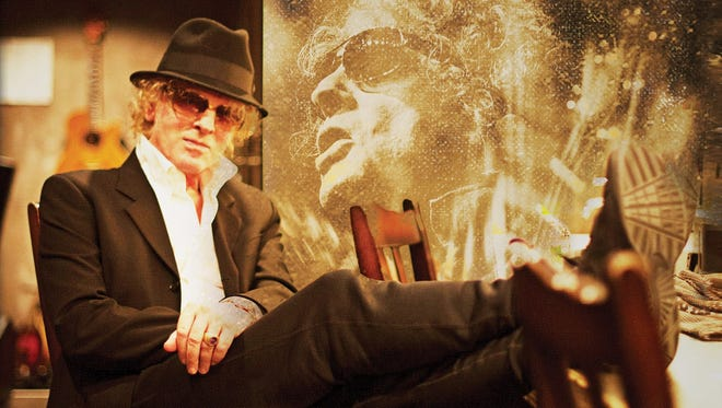 """The cover to Ian Hunter's upcoming album """"Fingers Crossed."""""""