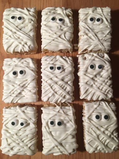 Ghost Marshmallows from Trina's Treats, Lyndhurst