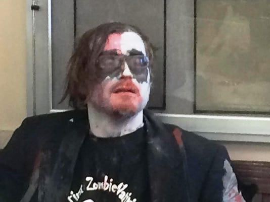635875947987440723-Zombie-protestor-John-Thomer.jpg