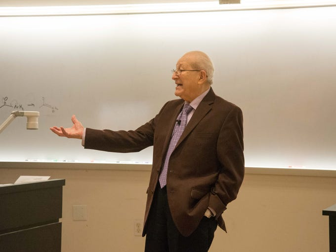 Holocaust survivor Irving Roth delivers a lecture to