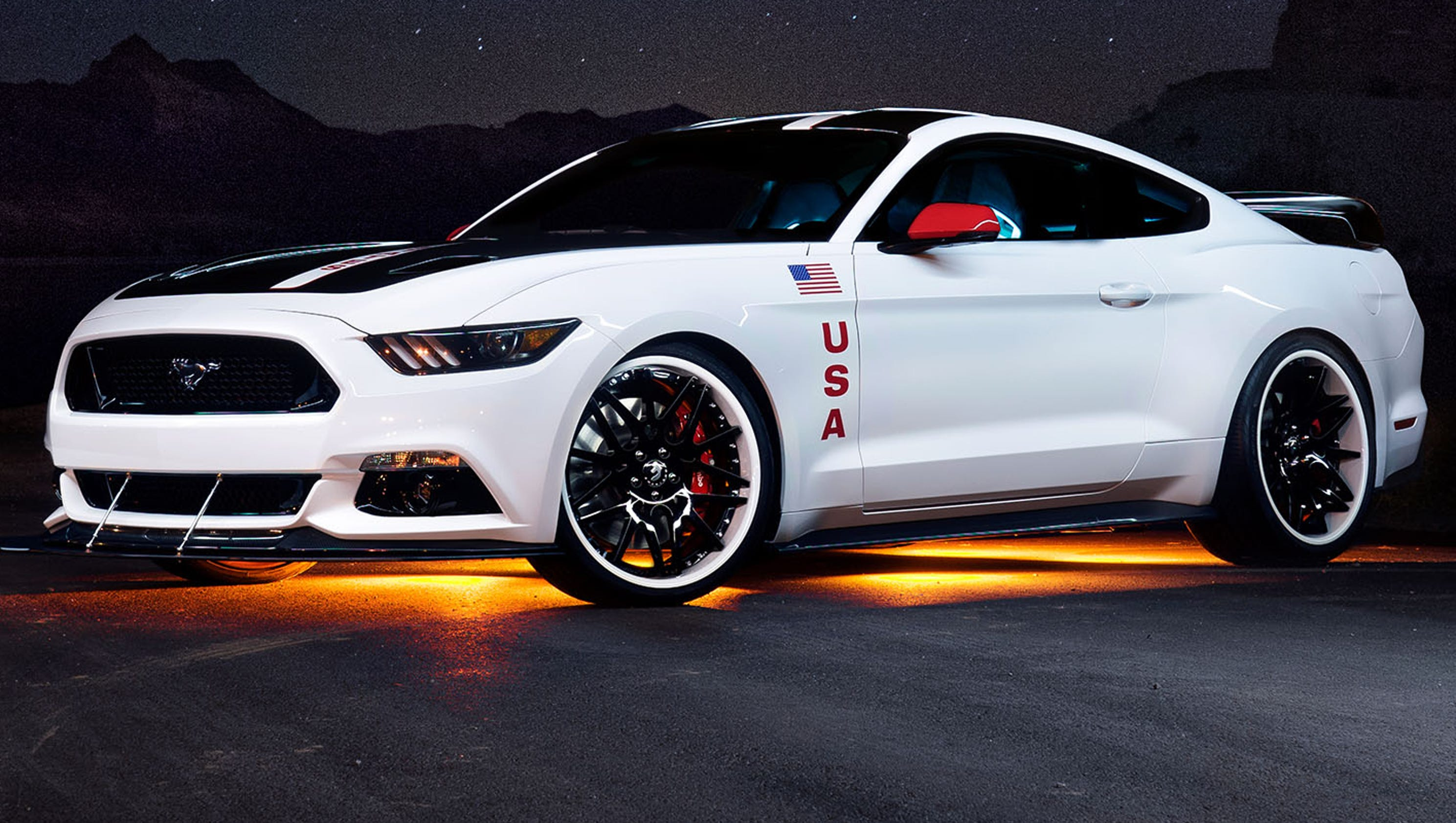 eaa ford mustang honors apollo moon missions. Black Bedroom Furniture Sets. Home Design Ideas