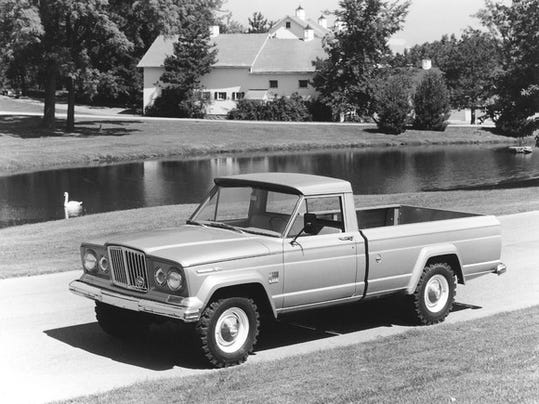 1968_jeep_gladiator_j3000_large.jpg