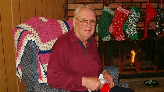 Doug Larson, a longtime journalist with the Door County Advocate and the Green Bay Press-Gazette, died Saturday at age 91.
