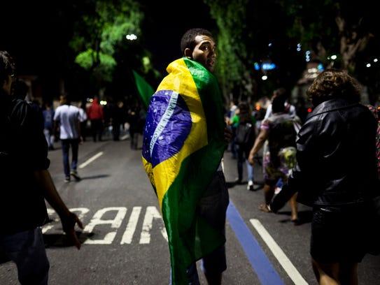 XXX_Rio-economy-102