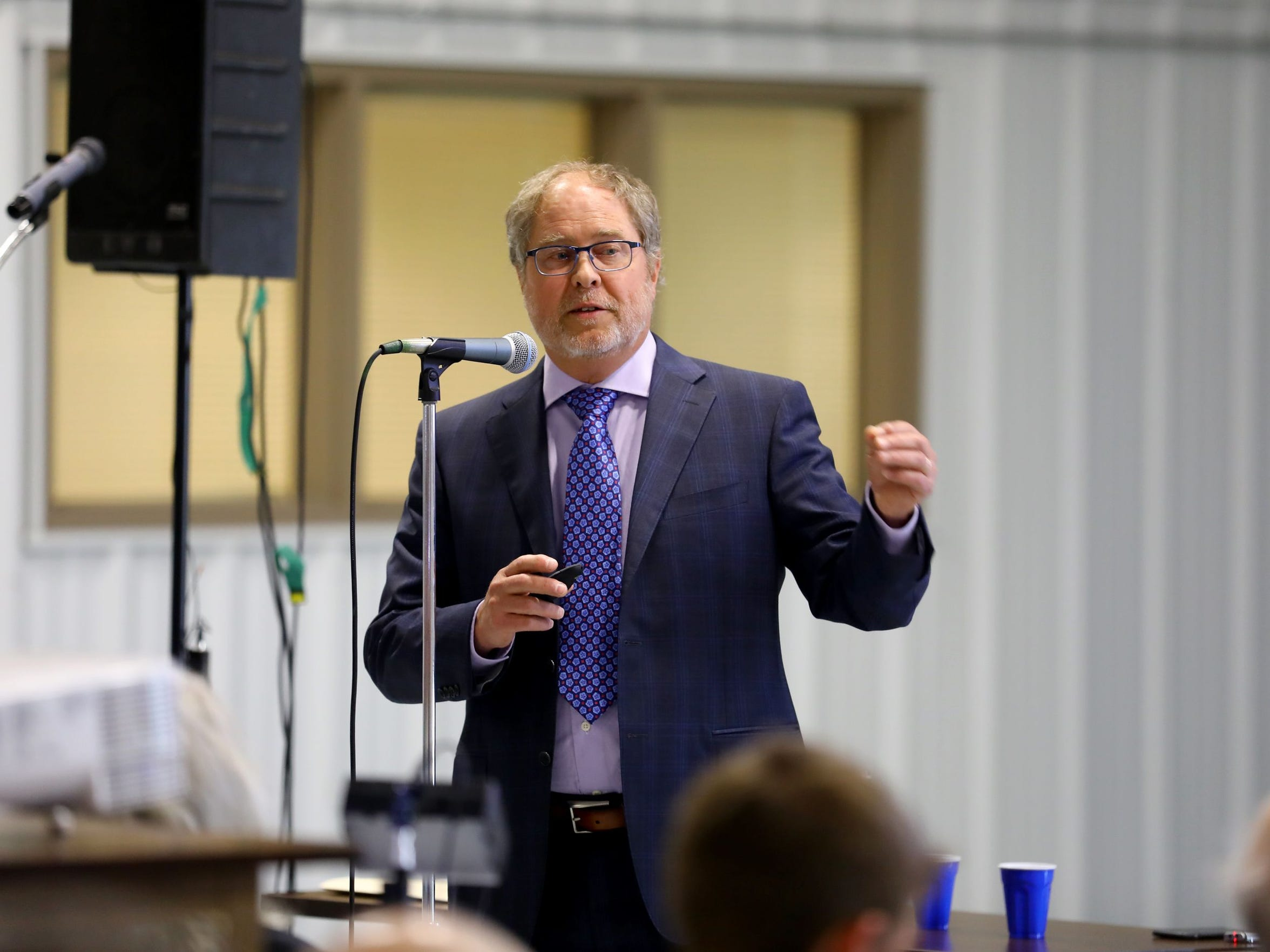 Mark Borchardt, a microbiologist with the U.S. Department of AgricultureÕs Agricultural Research Service, presented data on water contamination in Kewaunee County during a meeting at the Expo Hall at the Kewaunee County Fairgrounds, June 7, 2017. Scientists found both bovine and human waste are to blame.