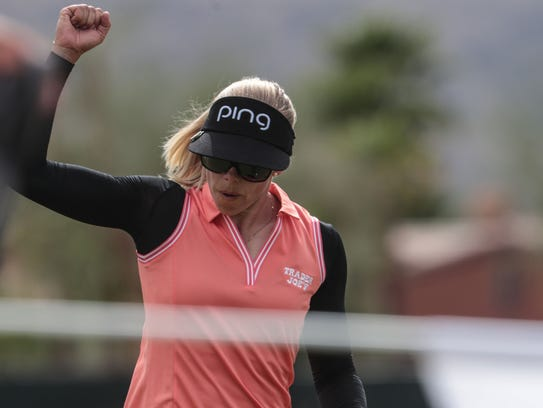 Pernilla Lindberg reacts to her birdie on 7 during
