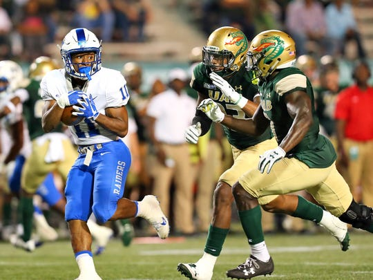 MTSU freshman running back Brad Anderson carries the ball in a game at UAB on Sept. 14, 2017.